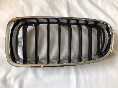 BMW F30 F31 Front Left Kidney Grille with Black Inserts 51137255411
